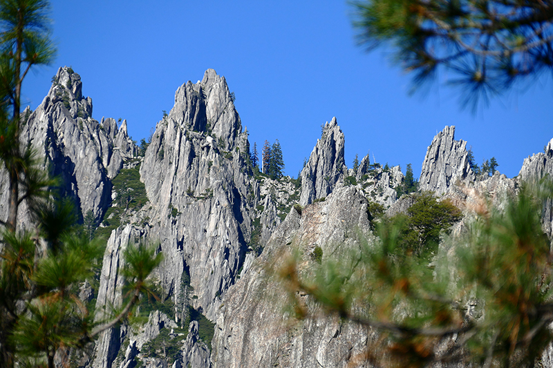 Castle Crags and Dome [Castle Crags Wilderness]