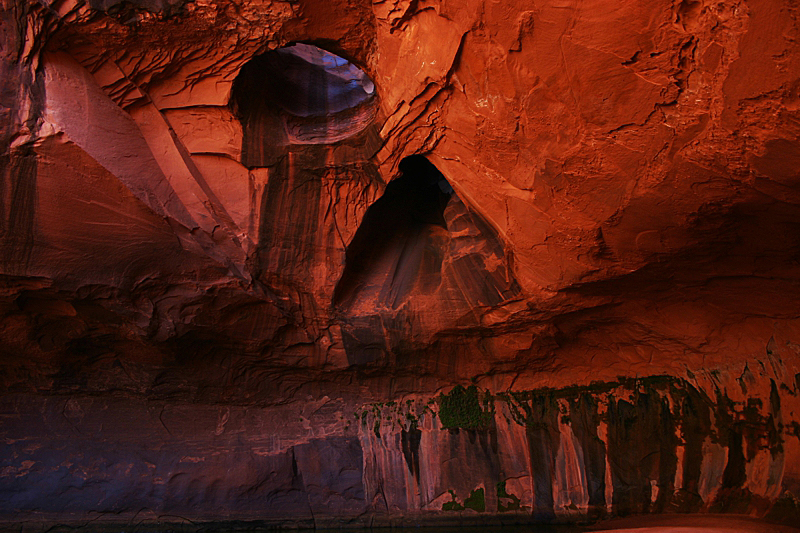 Golden Cathedral im Neon Canyon
