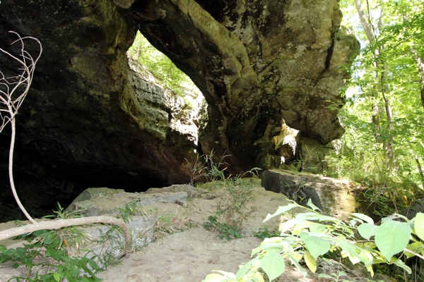 Indian Rockhouse Cave Arch