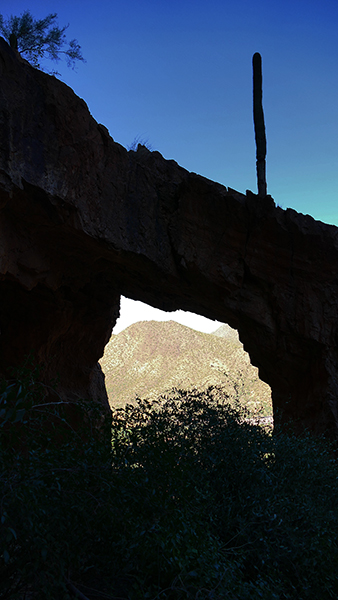 Sunrise Arch [Goldfield Mountains]